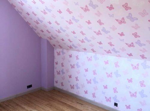 Chambre aux couleurs douces pour cette maison 2 pans