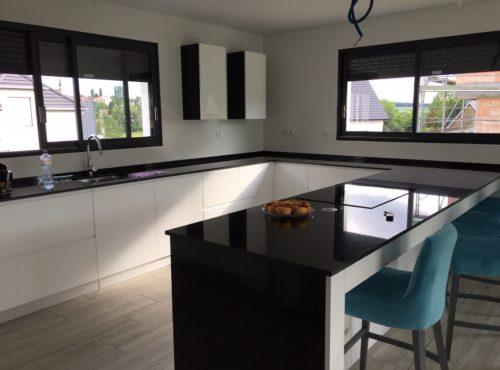 Magnifique cuisine contemporaine maison ossature bois