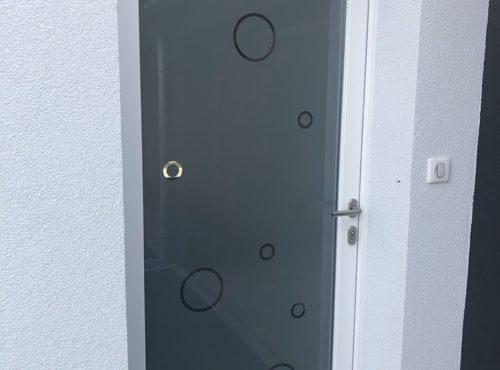Porte d' entrée vitré opaque