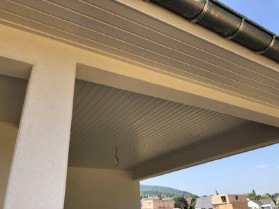 Habillage sous toiture maison 4 pans Leymen