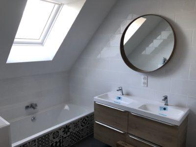 Magnifique baignoire habillage carreaux de ciment