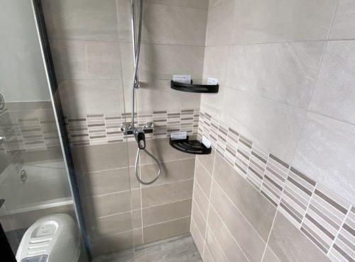 Douche à l'italienne construction deux pans Cernay
